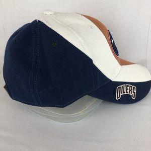 Reebok Accessories - Reebok NHL Edmonton Oilers Strap Ball Cap 2a073b26f01